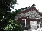 An abondoned homestead on the TAT.