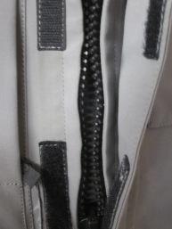 Roadcrafter Light main entry zipper.